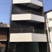 和霊元町4階建ビル